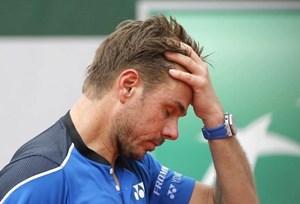 Roland Garros 2018: Á quân bị loại, Rafael Nadal lại gặp mưa