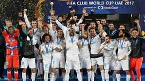 Ronaldo ghi bàn, Real vô địch FIFA Club World Cup và lập siêu kỷ lục