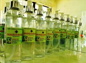 Trường Cao đẳng Kinh tế - kỹ thuật Quảng Nam chế xuất thành công dung dịch sát khuẩn