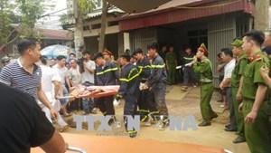 Sạt lở đất khi xây bờ kè, 4 người bị vùi lấp tại TP Lào Cai