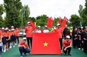 Sôi động trại hè thanh thiếu niên tại Odessa