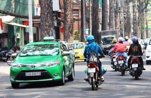 TP Hồ Chí Minh: Hỗ trợ 200 xe taxi miễn phí vận chuyển người dân