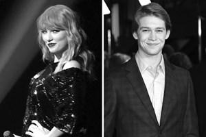 Taylor Swift công khai 'người tình' mới