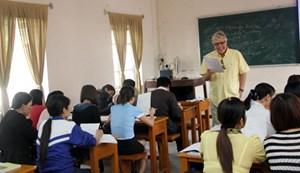 Thái Nguyên thí điểm dạy học tăng cường tiếng Anh với giáo viên nước ngoài
