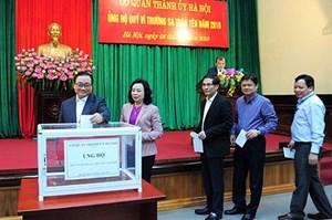 Thành ủy Hà Nội ủng hộ Quỹ 'Vì Trường Sa thân yêu' năm 2018