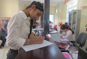 Thiếu nữ ở Huế được thành... nữ giới sau 17 năm sai giấy tờ