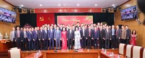 Thủ tướng Nguyễn Xuân Phúc thăm và chúc Tết các cơ quan dân vận