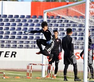 AFC đổi lịch thi đấu của TP HCM và Than Quảng Ninh vì virus Corona