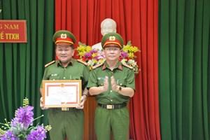 Quảng Nam: Khen thưởng tập thể Phòng Cảnh sát Quản lý hành chính về trật tự xã hội