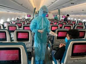 Đảm bảo khoảng cách tối thiểu 2m giữa các hành khách đi máy bay