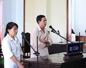 Đổi họ tên trốn truy nã, 2 vợ chồng lãnh án 30 năm tù