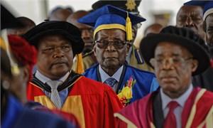 Tổng thống Zimbabwe lần đầu xuất hiện sau đảo chính