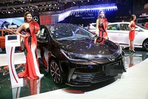 Toyota đồng loạt giảm giá: Báo hiệu ô tô 2018 xuống kịch sàn