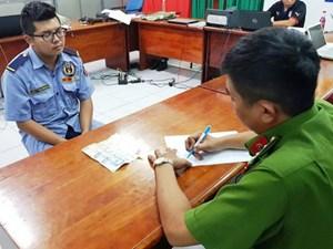 TP Hồ Chí Minh: Tạm giữ bảo vệ chung cư trộm tài sản