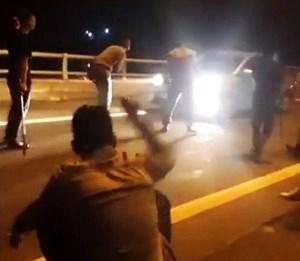 Triệu tập 9 thanh niên xin đểu rồi livestream trên cao tốc