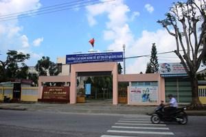 Người thi đậu chức danh Hiệu trưởng Trường Cao đẳng Kinh tế - Kỹ thuật Quảng Nam xin nghỉ việc