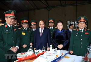 Thủ tướng, Chủ tịch Quốc hội dự kỷ niệm 75 năm Ngày thành lập quân đội