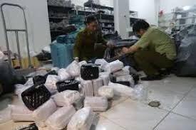 Hà Nội: Tạm giữ gần 700 túi xách 'hàng hiệu'