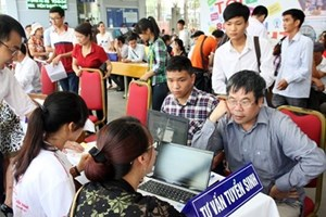 Tuyển sinh vào lớp 10 Hà Nội: Nhiều trường tư hứa trả lại tiền 'đặt cọc'