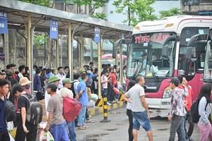 TP Hồ Chí Minh: Các bến xe chật cứng