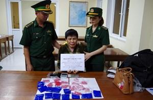 'Ship' gần 5.000 viên ma túy tổng hợp về Việt Nam giá 30 triệu đồng