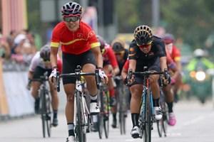 Vận động viên xe đạp Việt Nam giành huy chương vàng châu Á