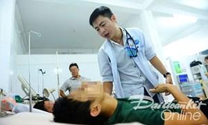 Về quê trị bệnh cứu người