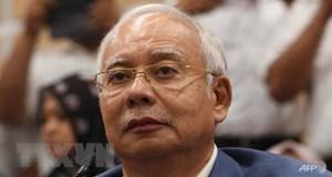 [VIDEO] Cận cảnh khối tài sản khủng thu giữ trong nhà cựu Thủ tướng Malaysia