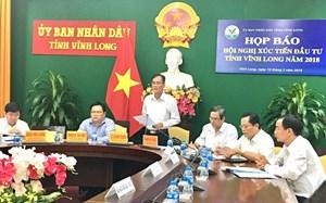 Vĩnh Long: Trao quyết định đầu tư 25 dự án