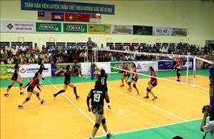 Khai mạc giải bóng chuyền quốc tế Cúp Truyền hình Vĩnh Long lần thứ 7