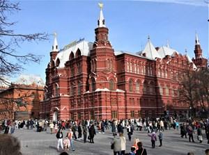 Dạy tiếng Việt cho người Việt tại Nga: Cô đơn ngay chính nhà mình