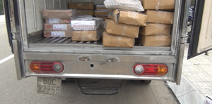 Phát hiện xe tải chở hơn nửa tấn thực phẩm đông lạnh không rõ nguồn gốc