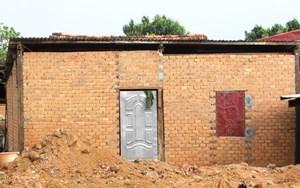 Xem xét kỷ luật giáo viên chiếm đất xây nhà trái phép