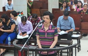 Xét xử sơ thẩm Châu Thị Thu Nga và đồng phạm: Bị lừa vì 'mác' của bà Nga