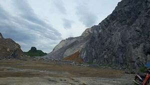 Yêu cầu đình chỉ hoạt động khai thác đá không đảm bảo an toàn