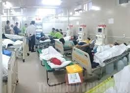 Nhiều học sinh nhập viện cấp cứu nghi ngộ độc thực phẩm