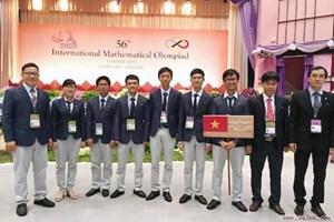 16 học sinh dự thi Olympic Tin học châu Á năm 2017