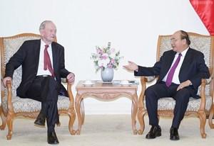 Thủ tướng Nguyễn Xuân Phúc tiếp cựu Thủ tướng Canada
