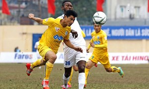 3 trận đá muộn vòng 2 V-League 2017: Ứng cử viên vô địch lên tiếng