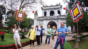Gần 9,8 triệu lượt khách quốc tế đến Việt Nam trong 7 tháng đầu năm