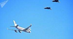 6 'Bóng ma bầu trời' Su-57 hộ tống máy bay chở Tổng thống Putin