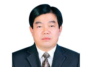 Cách mọi chức vụ trong Đảng đối với Giám đốc Sở GD-ĐT Sơn La
