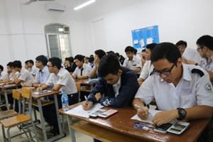 832 thí sinh tham dự kỳ thi Giải toán trên máy tính cầm tay