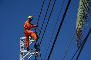 Huy động tối đa nguồn điện trong tháng 7