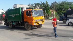 Đà Nẵng: Bãi rác Khánh Sơn bị người dân phong tỏa