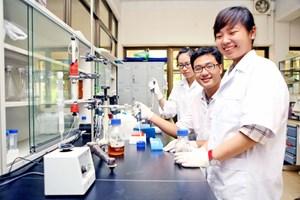 8 đề tài xuất sắc trong Chương trình Vườn ươm Sáng tạo Khoa học và Công nghệ trẻ