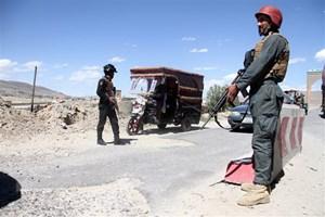 Afghanistan: Giao tranh với Taliban, 15 cảnh sát thiệt mạng