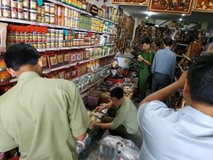 Phát hiện lượng lớn vị thuốc Amakong có dấu hiệu giả mạo nhãn hiệu