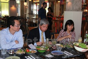 Ấn tượng nhà hàng mang hương vị Việt giữa lòng thủ đô Israel