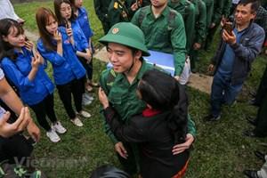 [ẢNH] Hình ảnh 3.500 thanh niên Hà Nội lên đường nhập ngũ